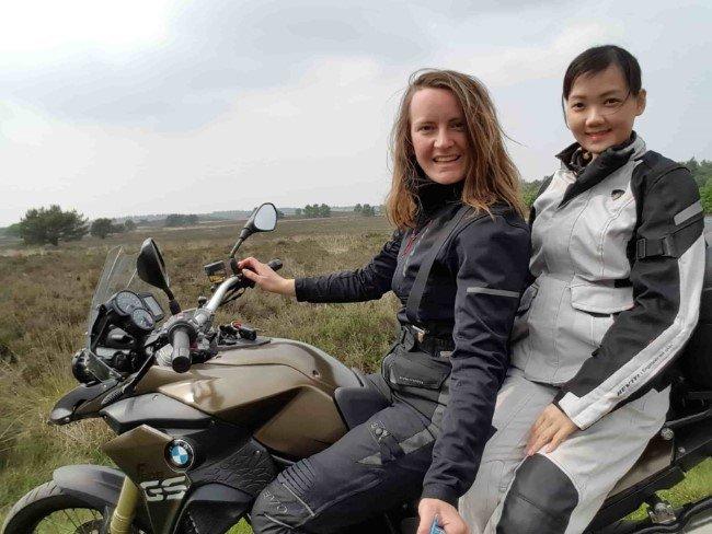 Heliconia Scholarship Foundation Carli Kooper and Mili Chana
