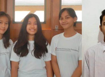 New students: Holy, Lisa, Wina and Sevio